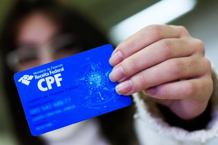 cancelar 1 milhão de CPF's