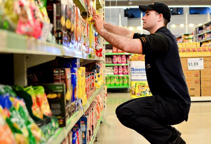Distribuidora de Alimentos oferece vaga para Promotor de Vendas (CV até 23/04)