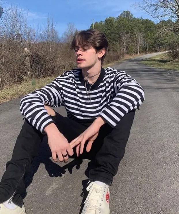 eboy style stripe tshirt