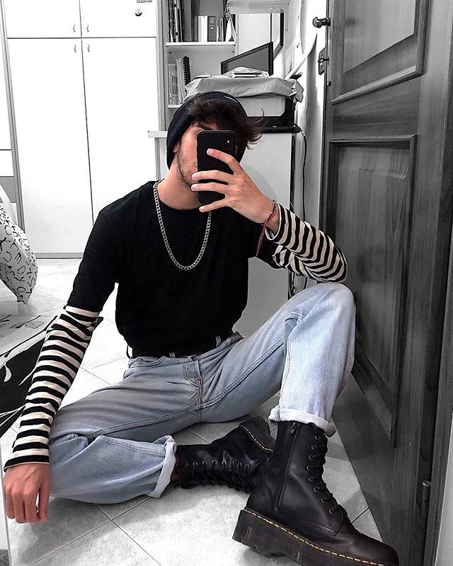 how-to-dress-like-an-eboy-necklaces-layering-stripes