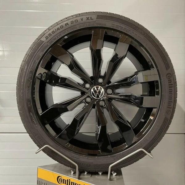 Original VW TIGUAN Black Style AD1 R-line Suzuka Schwarz 20 ZOLL 5NA601025E G 8.5J X 20 H2 ET38 SOMMERRÄDER Continental ALUFELGEN KOMPLETTRÄDER