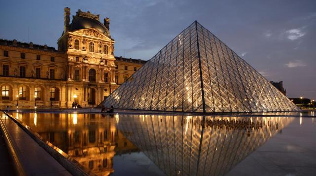 Pyramid Paris Louvre