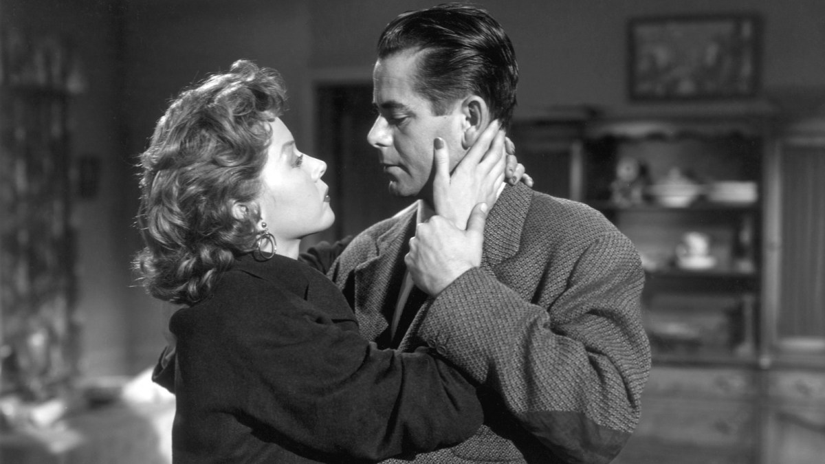 War and Domestic Violence in Fritz Lang's 'Human Desire'