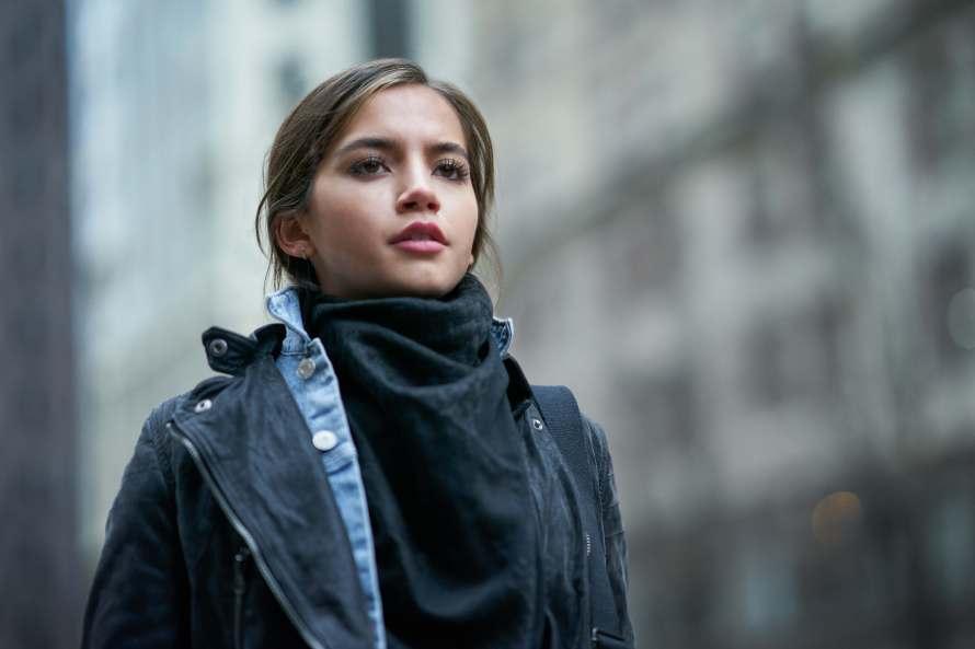 Sweet Girl Cast - Isabela Merced as Rachel Cooper