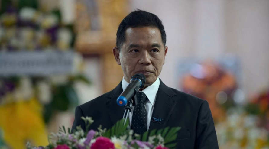 Bangkok Breaking Cast - Suthipongse Thatphithakkul as Wat