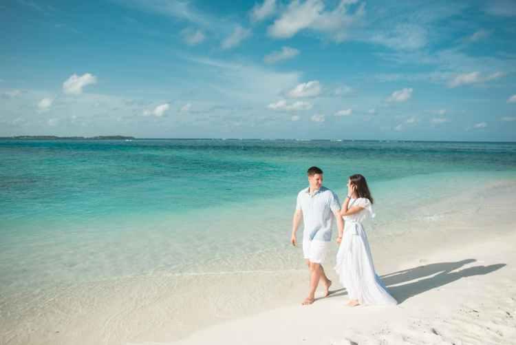 newly wed on seashore