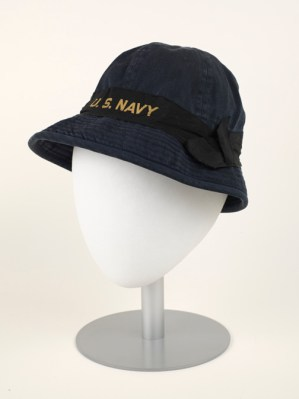 Summer WAVE Hat, 1944, cotton. (Virginia Historical Society, 1999.126.2.A, Gift of Marianna F. Worley)