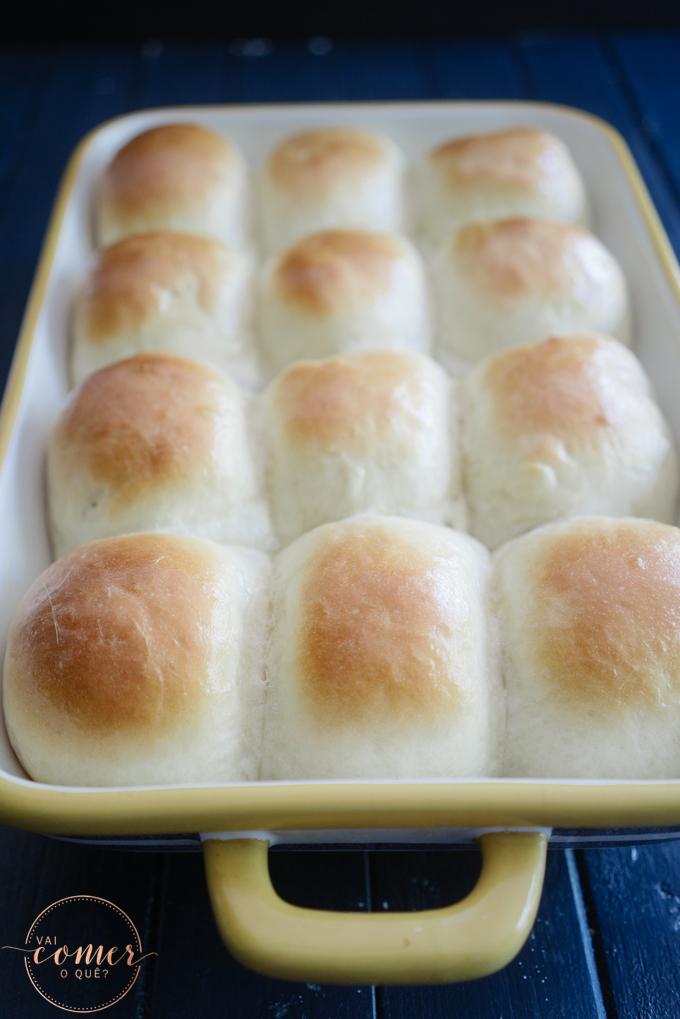 Dinner Rolls (Pão de Leite Americano)