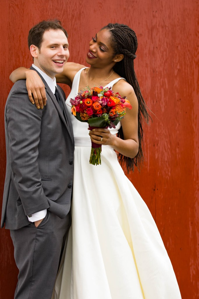red-barn-hampshire-college-wedding-14