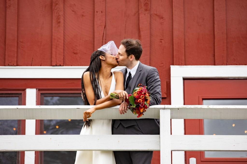 red-barn-hampshire-college-wedding-17