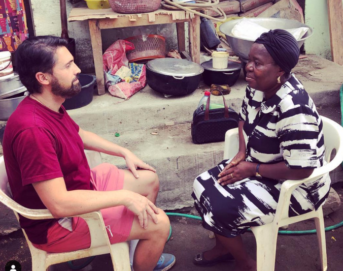 Vaillant healing an African woman in Cameroon