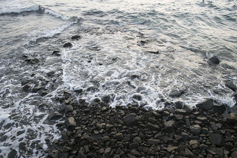 fim-de-semana-em-ilhabela-mar-pedras