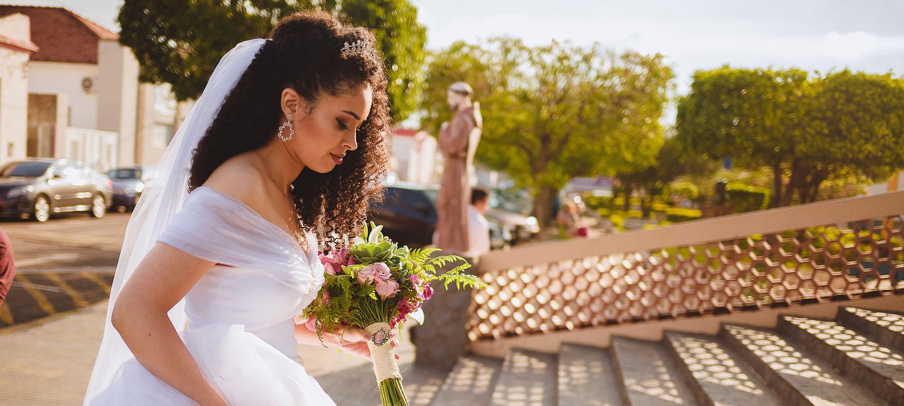 Noiva Cacheada Cabelo Natural Casamentoandejeh Vai Menina