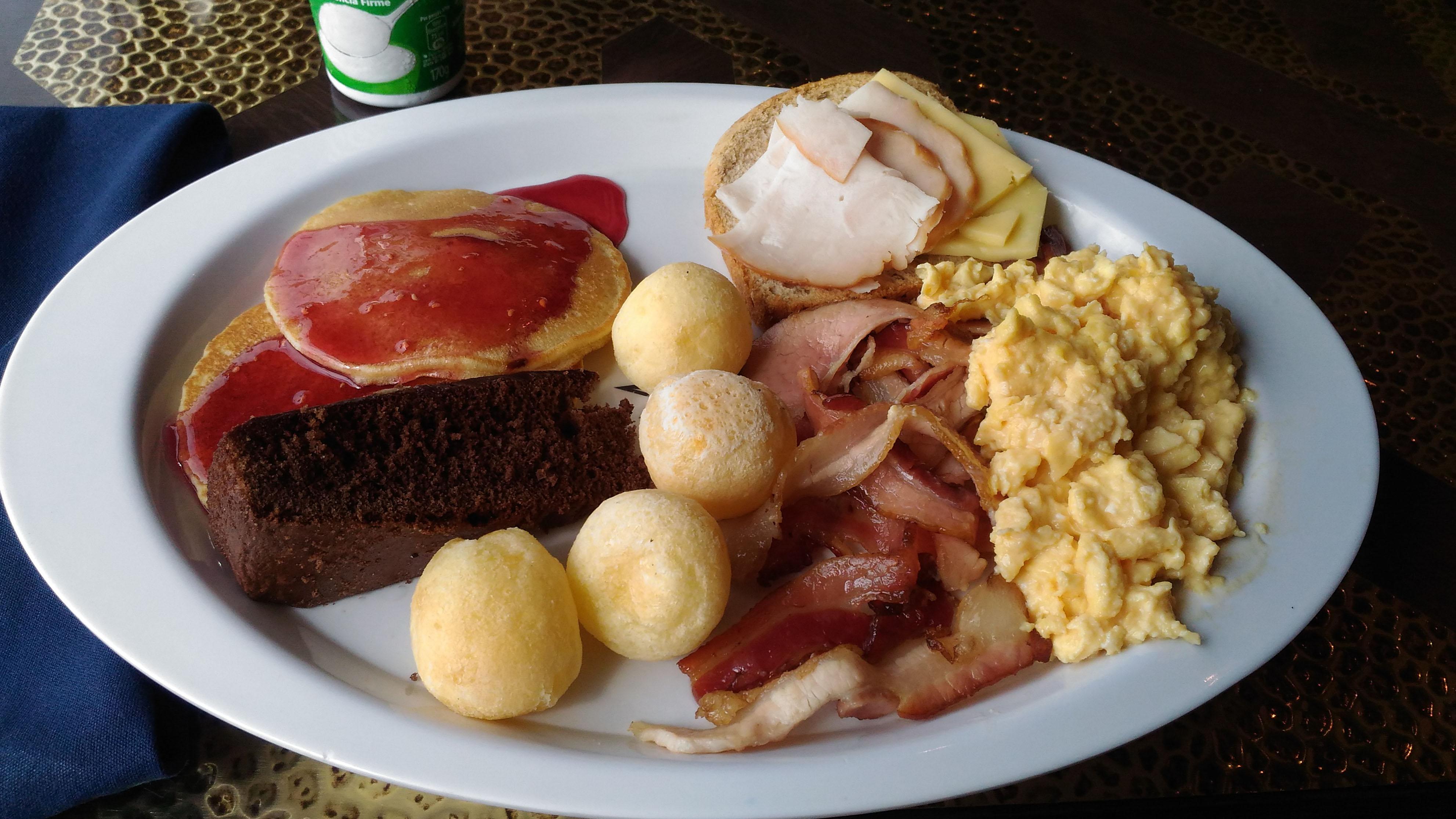 Café da Manhã no Cruzeiro MSC Magnifica