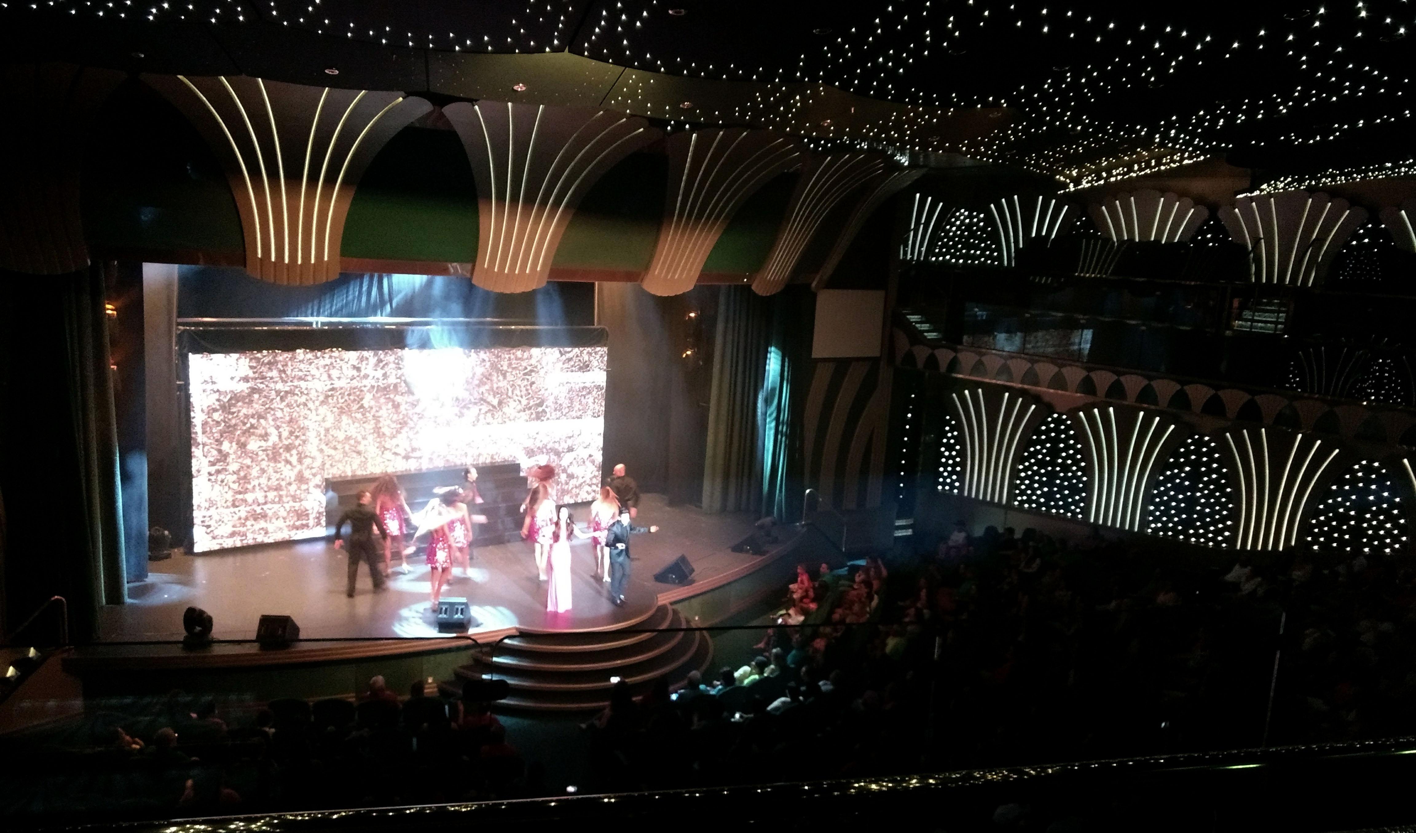 Teatro no Cruzeiro MSC - O que Fazer no Navio