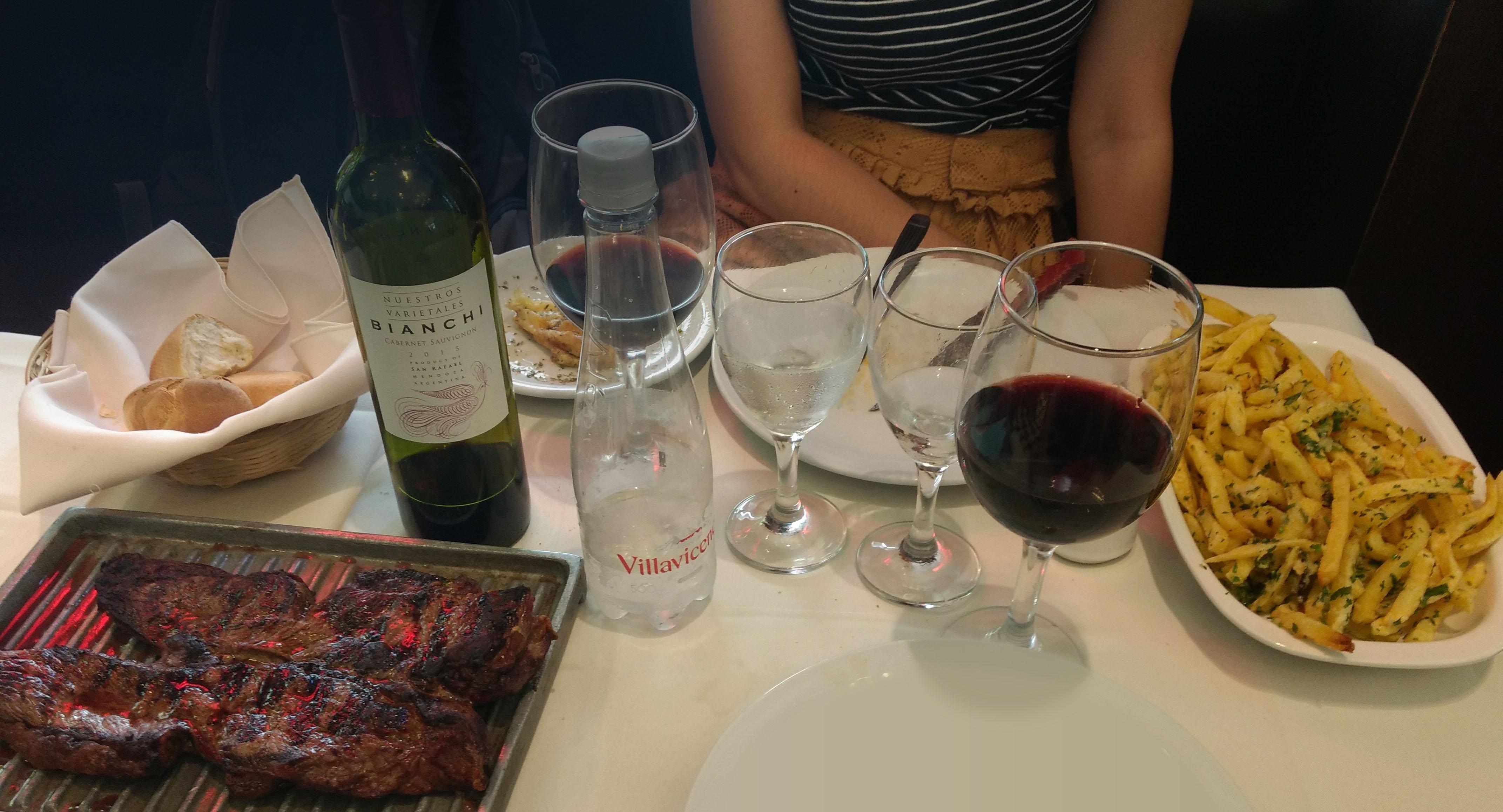 Restaurante com Parrilla Argentino - 24 Horas em Buenos Aires