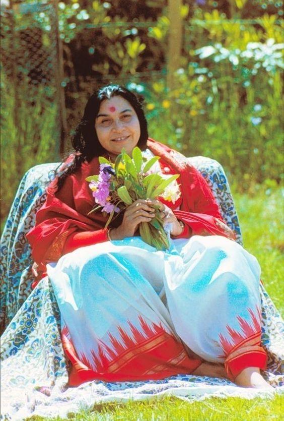 Шаралтанка и мошенница из Индии Шри Матаджи Нирмала Деви