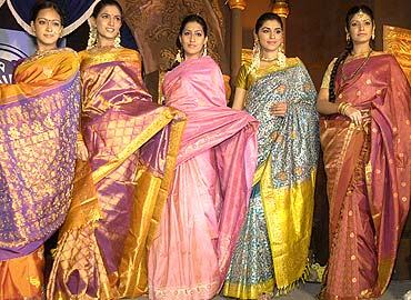 models kanjeevaram