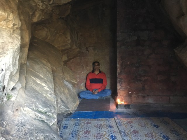 Baba Dhanvantari Giri