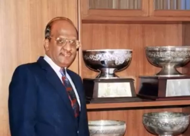 Dr Mitta