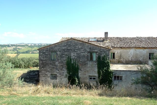 Big Farmhouse To Restore For Sale In Urbisaglia Le Marchewith A Lovely Mountain View And Urbisaglia Historical Centre View Complete The Property 1