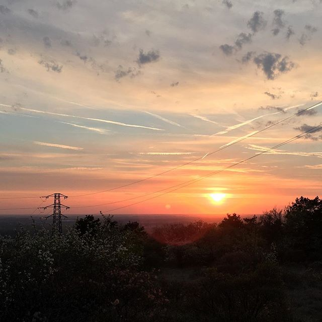Sunset from the hill while heading back to London #carso