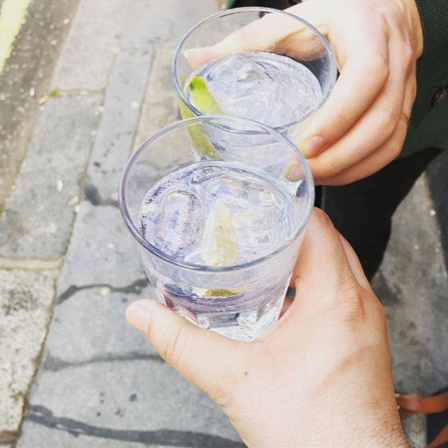 Cheers #friday #ginandtonic