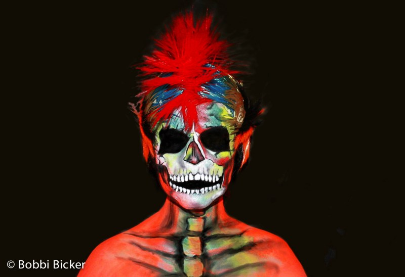 bobbibicker, art, artist, facepainting, facepaint, facepainter, surreyfacepainter, facepainterinsurrey, bodypainter, skull, punkskull, uv,