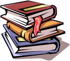 Livres empilés pour annonces bibliothéque