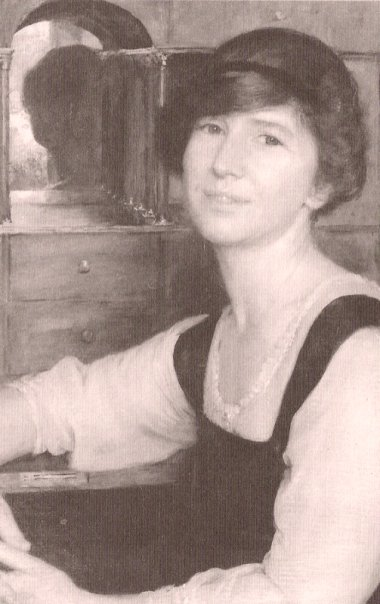 image of Freya Stark as a young woman