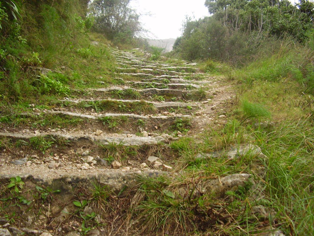 La ruta de los 6000 escalones