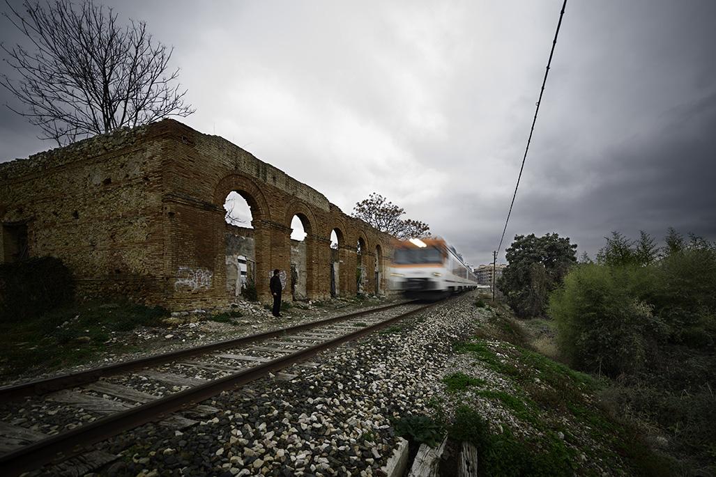 Preciosa fotografía de Pedro Ángel, de su página pedroangel.com (Situación actual de la Antigua Estación de tren, Xàtiva).