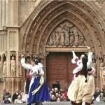 Los domingos en la Plaza de la Virgen: Bailes regionales valencianos