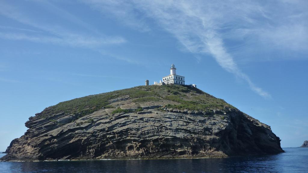 El Faro de la Illa Grossa. Fuente: Columbretes. es