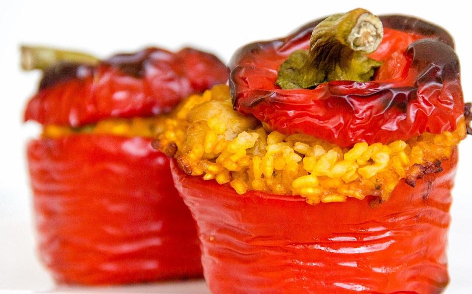 De la taula a la boca: Pebreres Farcides / Pimientos Rellenos
