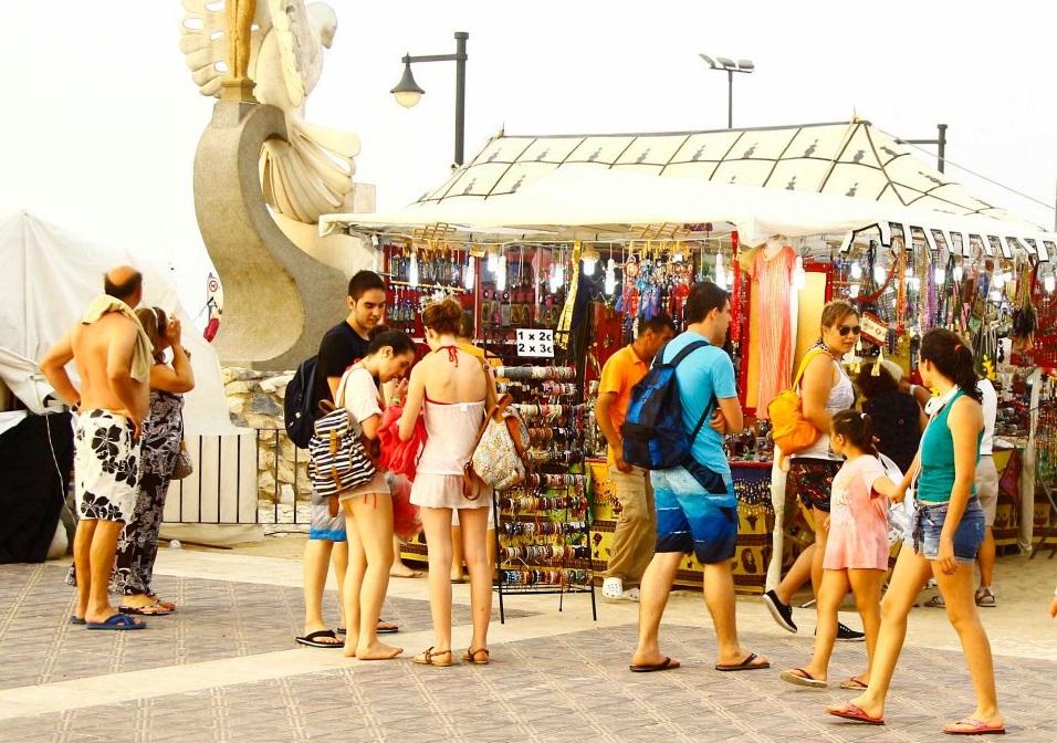 Regresa el mercadillo veraniego al Paseo Marítimo de Valencia – mercadillo de 2017