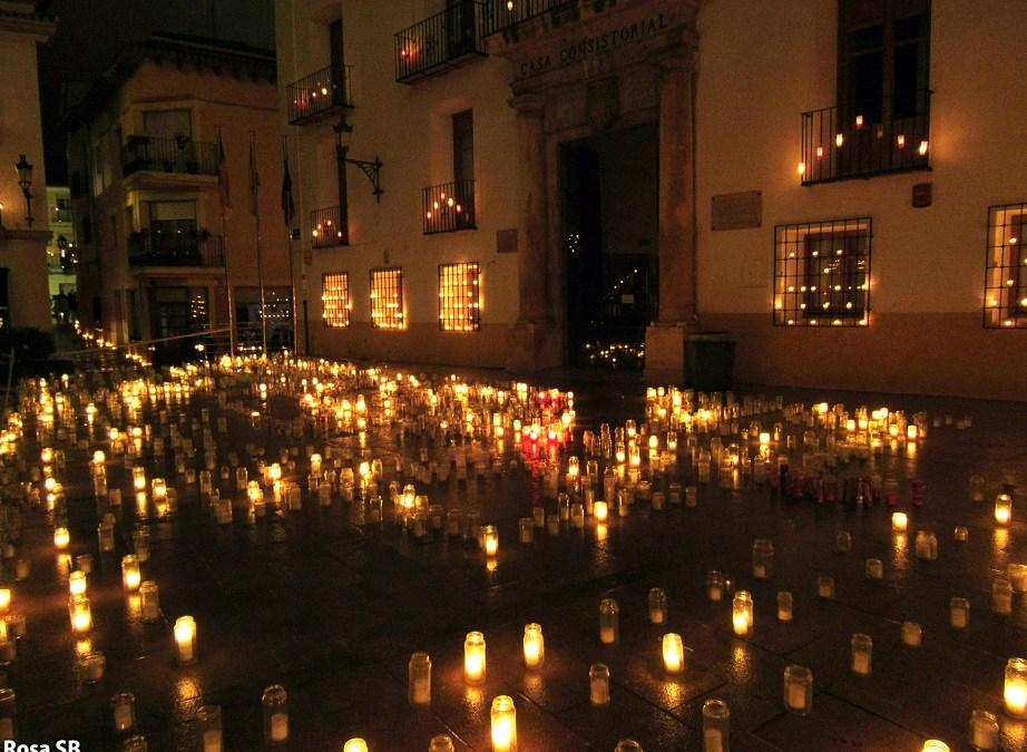 """Miles de velas iluminarán Utiel en una nueva edición de """"Utiel, 250 años a las luz de las velas"""""""