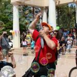 La gran fiesta y desfile de las pompas de jabón llega el 21 de abril a Valencia