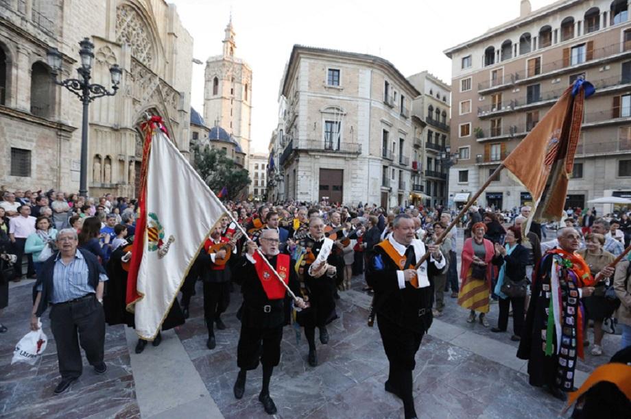 Más de 160 tunos universitarios rinden hoy homenaje a la Mare de Déu en su Basílica
