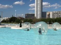 Stadt der Künste und Wissenschaften mal anders_Valencia_Aktivitäten_Wasserbälle8