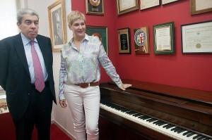 Ramón Almazán con la soprano Isabel Rey/Eva Ripoll-Palau de la Música