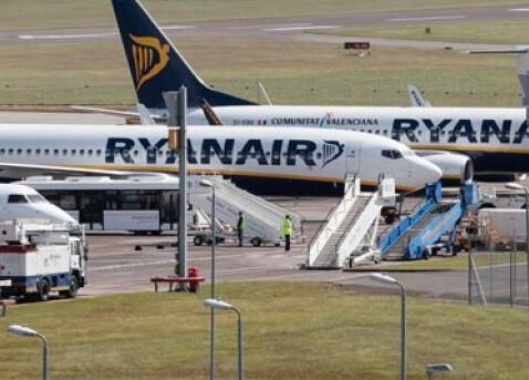 Aviones de la compañía irlandesa Ryanair.