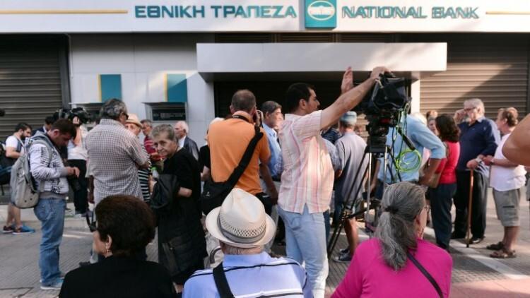 Ahorristas griegos, durante los días de corralito