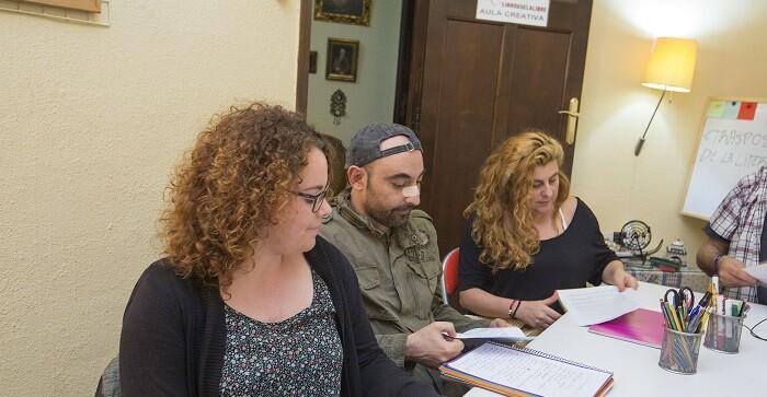 Los alumnos recibieron información sobre las bases teóricas sobre el guión literario y el guión técnico.