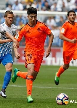 En sólo 4 minutos el Valencia CF perdió su buen curso liguero. (Foto-Lázaro de la Peña).