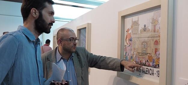 El director del MuVIM, Rafael Company, durante la presentación de 'València en vinyetes'.