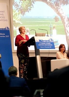 La diputada Pilar Moncho durante su intervención.