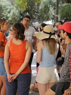 Turistas en Valencia.