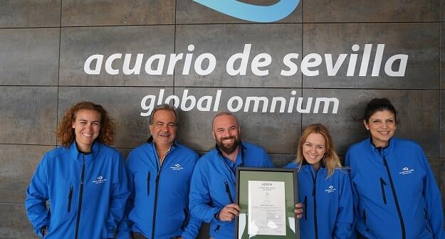 Eugenio Calabuig, presidente del grupo Global Omnium presentó el plan de acción empresarial para el Acuario de Sevilla.