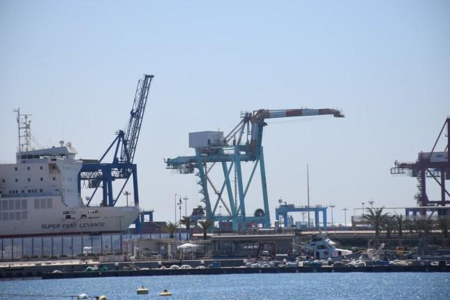 gruas contenedores comunidad valenciana puerto valencia exportaciones (1)